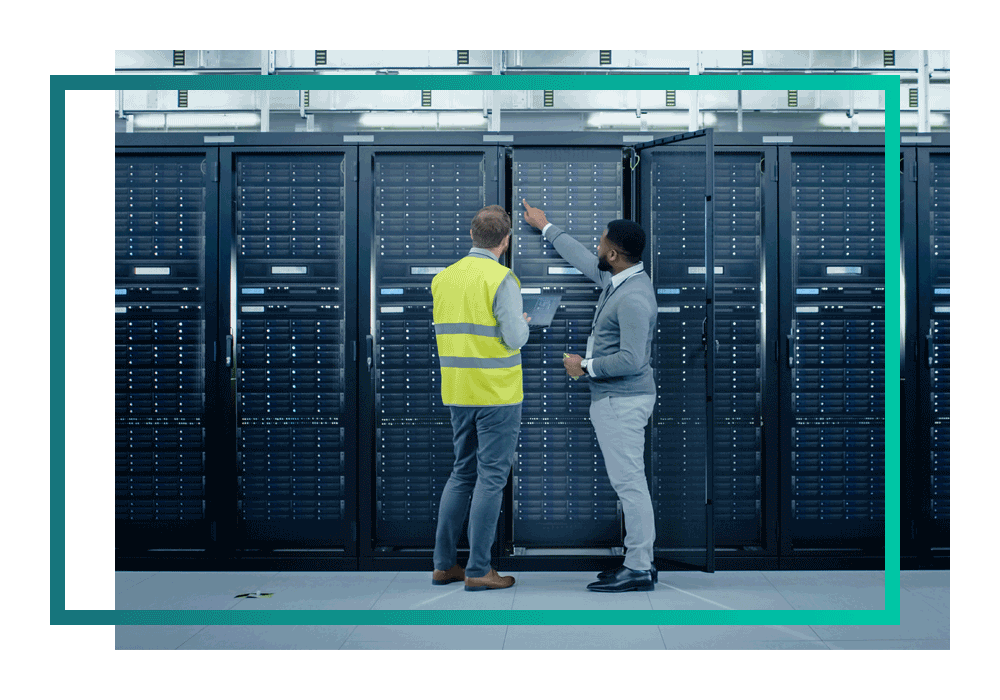 Two multi-cloud experts in a datacentre